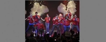 Glee_InConcert