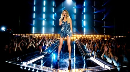 sunday-night-football-2014-nbc-carrie-underwood-1k